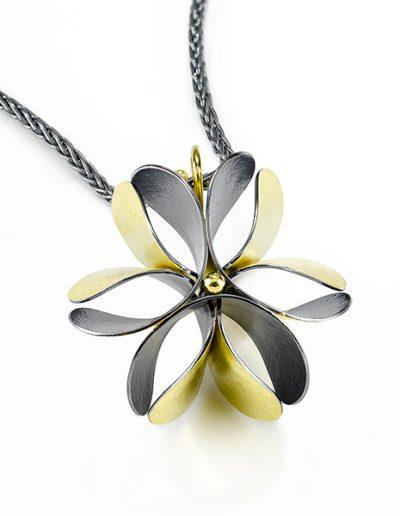 Jayne Redman Floraforms Star Anise Pendant